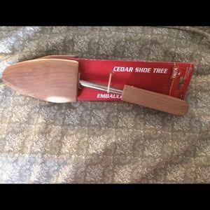 Kiwi cedar shoe tree